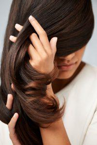keune-care-brunette-model
