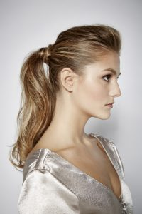How to Create a Textured Ponytail